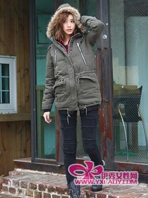冬日时髦牛仔裤搭配 彰显时尚达人风范-时尚 2